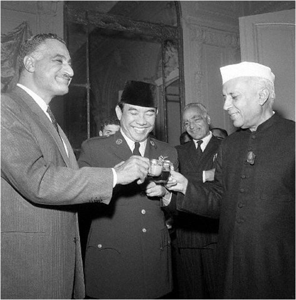Behold the statesmanship of Nehru' - The Friday Times