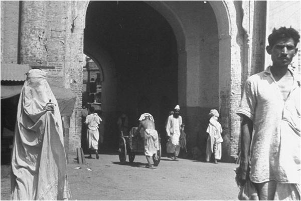 Life in Lahore (1946) - The Friday Times - Naya Daur